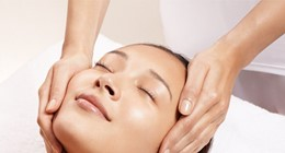 Clarins Signature Facial
